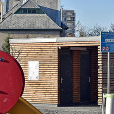 Nyilvános WC - Ozmán utcai Játszótér (Forrás: xvmedia.hu)