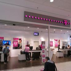 Telekom Ügyfélszolgálat - Pólus Center (földszint)