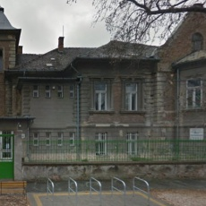 Bezsilla Nándor utcai fogszabályozó rendelő - dr. Szabó Krisztina (forrás: google.com)