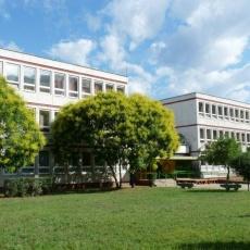 Kontyfa Középiskola, Szakiskola és Általános Iskola
