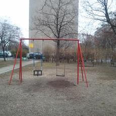 Páskomliget utcai Játszótér (Forrás: bpxv.hu)
